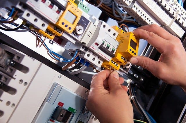 Site installation and commissioning of electrical and electronic control systems